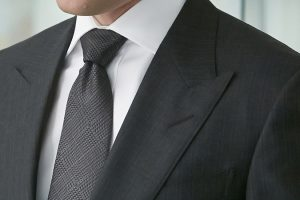 How To Tie A Windsor Knot The Easy Way